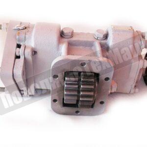 Коробка отбора мощности а/м ЗИЛ в фланцем под кардан и с выходом под насос 310.3.56
